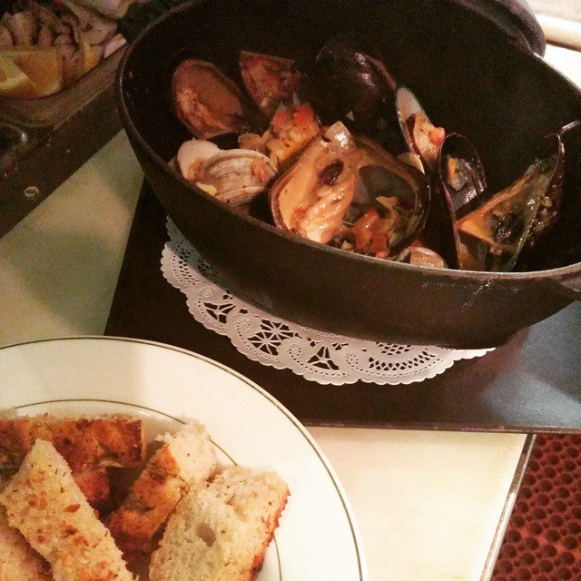 Pot of Mussels.. New Zealand Green, P.E.I. and Littleneck Clams steamed with fennel, garlic, fresh basil, tomatos, cream & white wine. Served with a side of grilled garlic focaccia. #Newzealandgreen - from Instagram