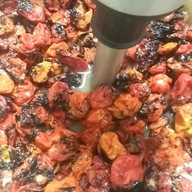 Here comes another batch of Gaslight house made #hotsauce #habanero #roastedgarlic - from Instagram